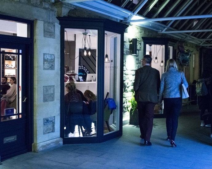 Le Vignoble Bath wine lounge exterior