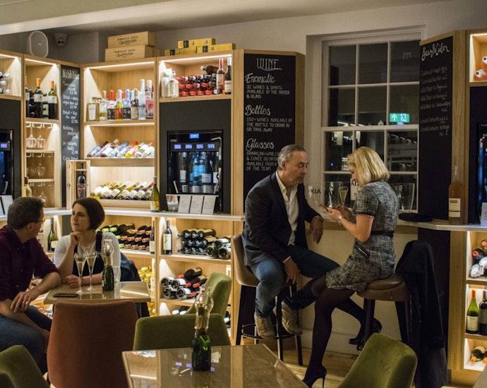 Wine lounge in Bath